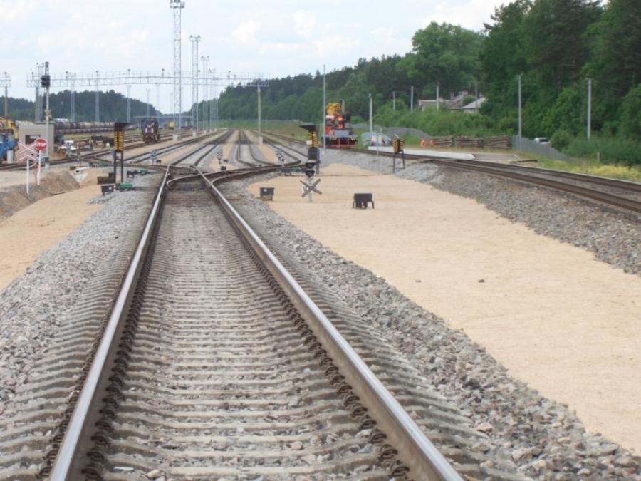Repair of railway lines 6