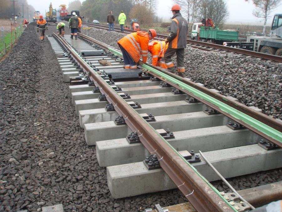 Repair of railway lines 3
