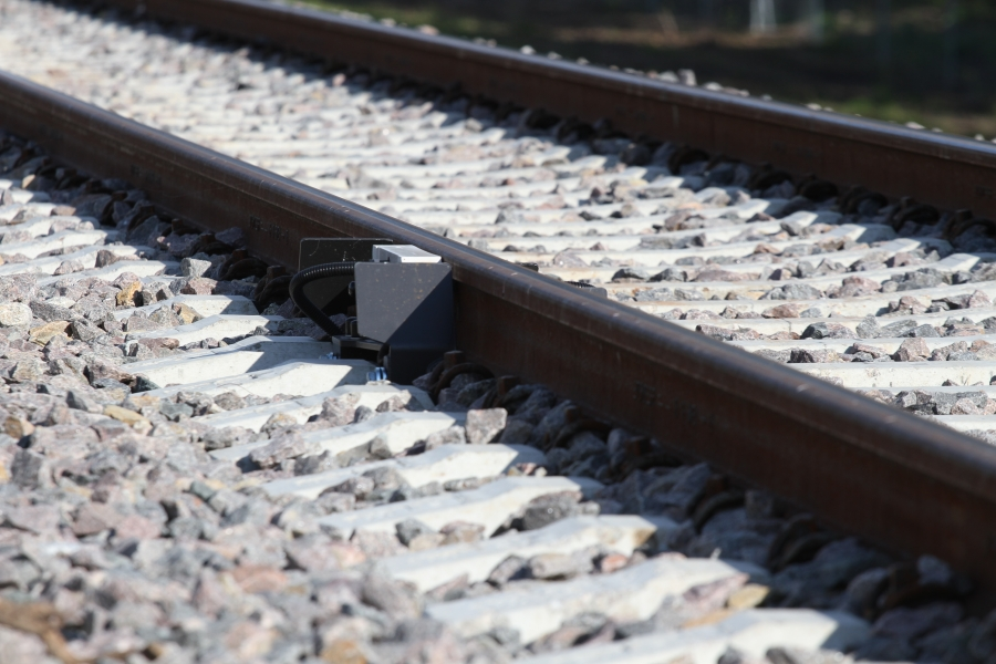 Repair of railway lines 16